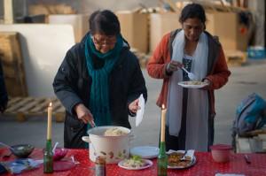 Op de laatste werkdag van het jaar is weer heerlijk gekookt door Marian en Radha.